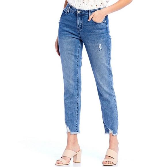 Buffalo David Bitton Denim - NWT Buffalo David Bitton Faith Frayed Hem Jeans